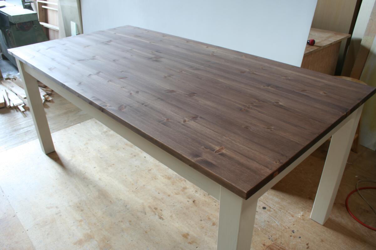 ダイニングテーブル・ローズ色天板