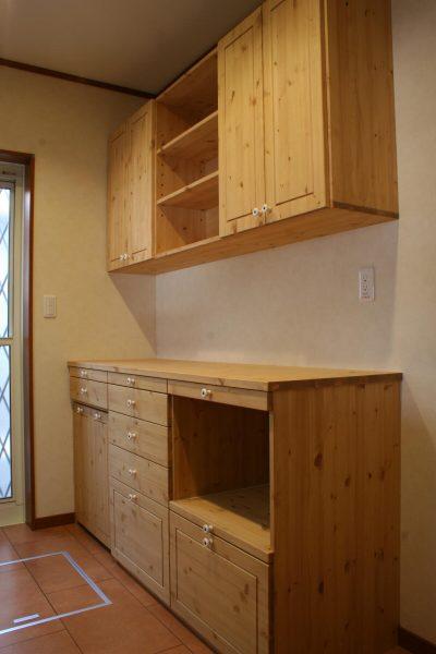 キッチンカウンター&吊り戸棚